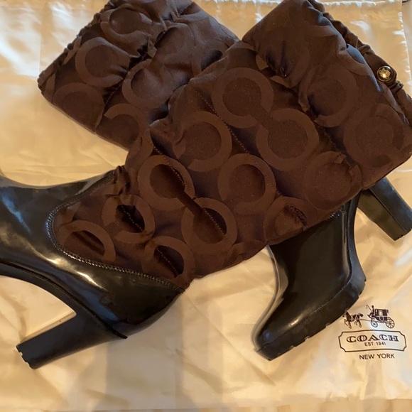 Coach Loryn platform jacquard puffer boot 10m used